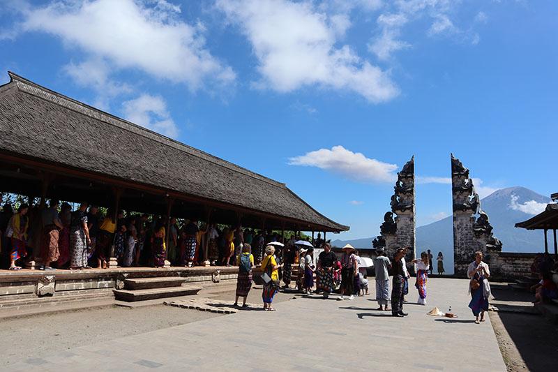 Temple Lempuyang  Luhur Amed Bali