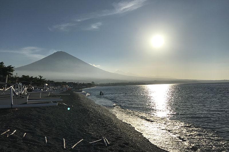 Coucher de soleil plage Amed Bali