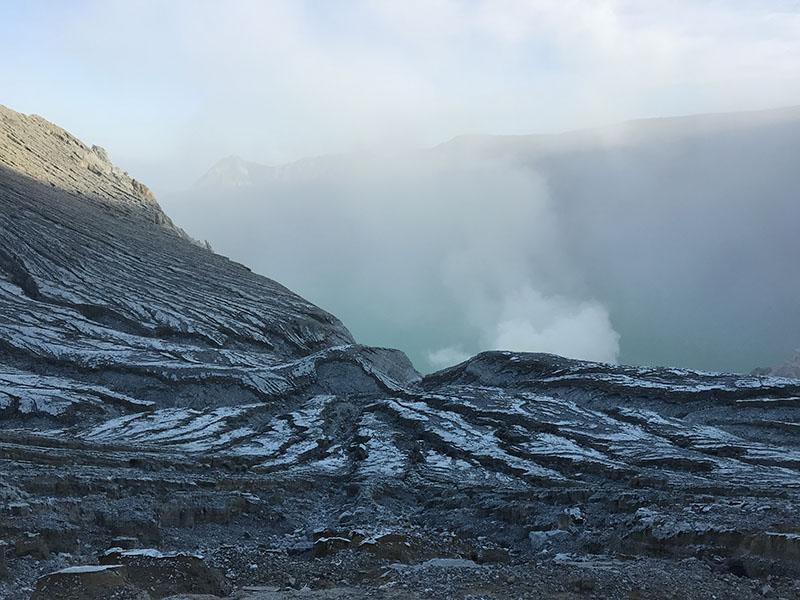 Vue du Cratère Ijen souffre