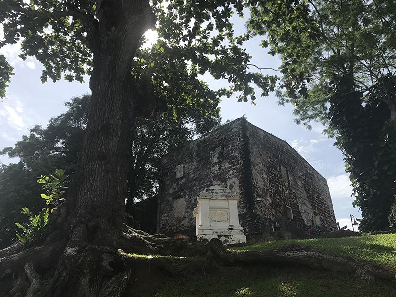 Colline Saint Paul vue