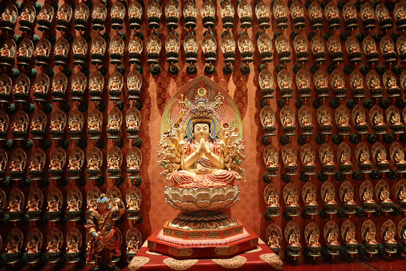 Statue Buddha Tooth Relic Temple