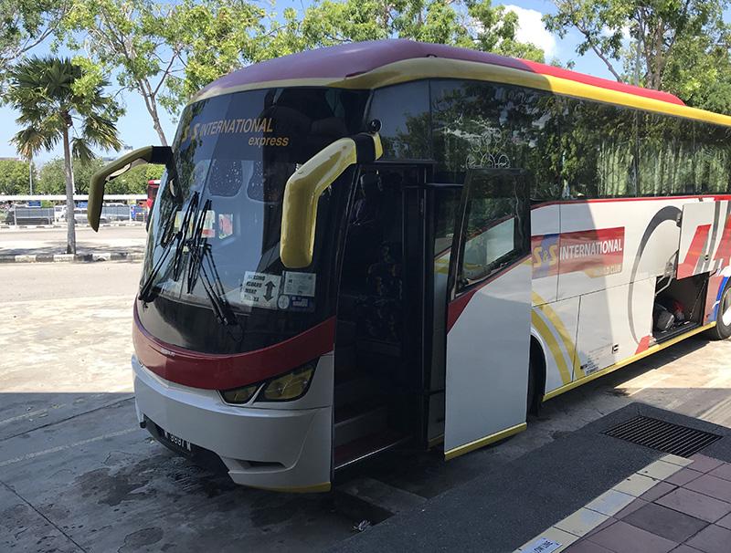 bus mallaca mersing